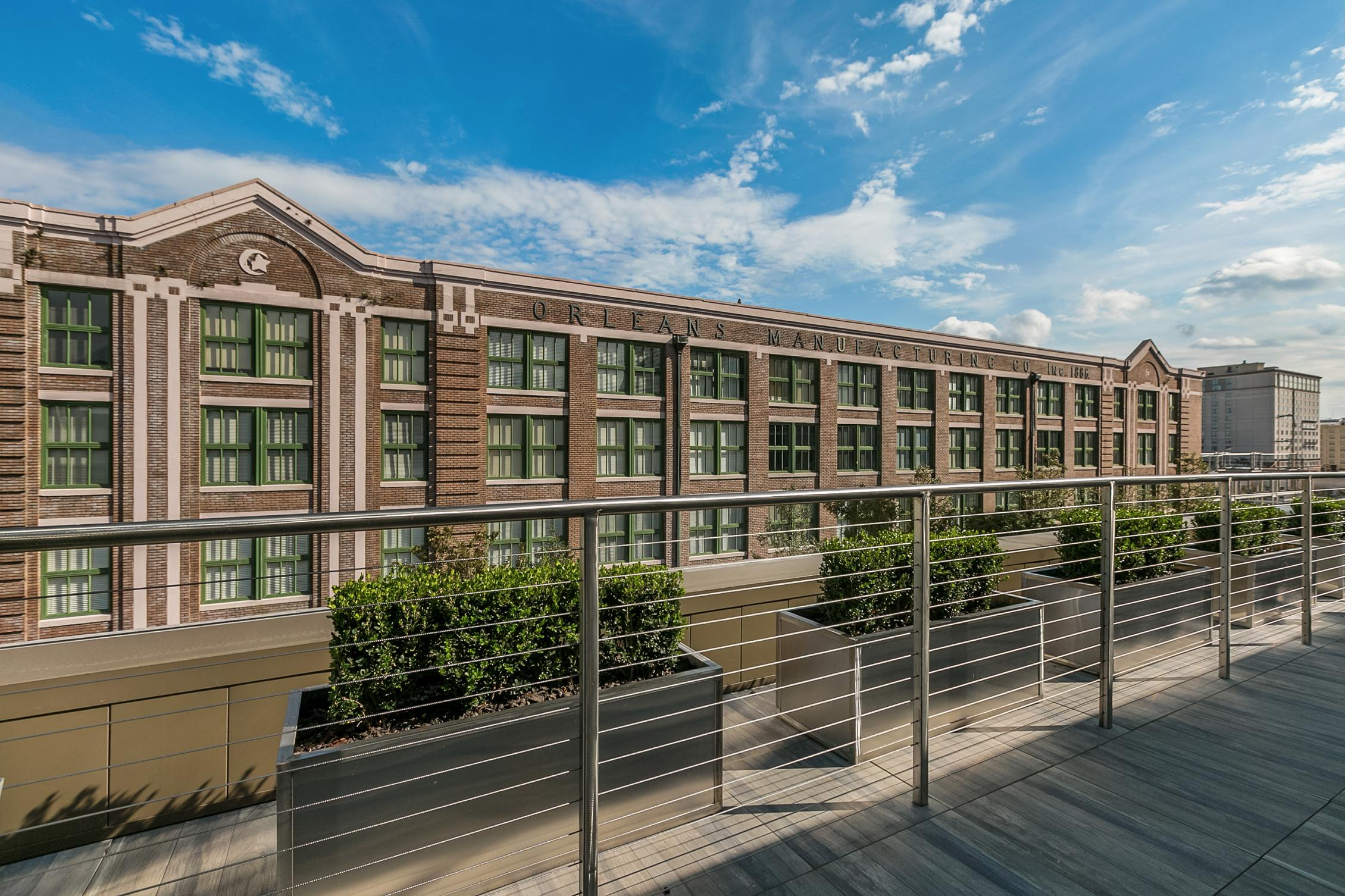 Refinery Orleans Properties 701 S. Peters New Orleans Condo for Sale New Orleans Penthouse 5