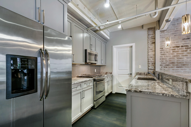 516 Bienville Crystalline Unit 309 Kitchen